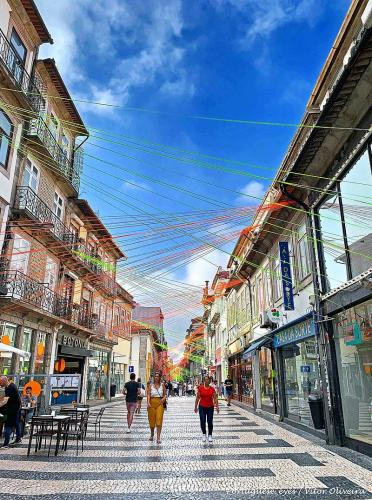 800px-Porto - Portugal (49973392072)